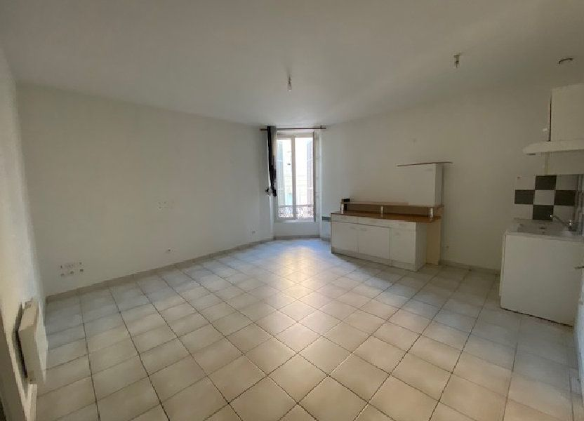 Appartement à louer 55.45m2 à Toulon