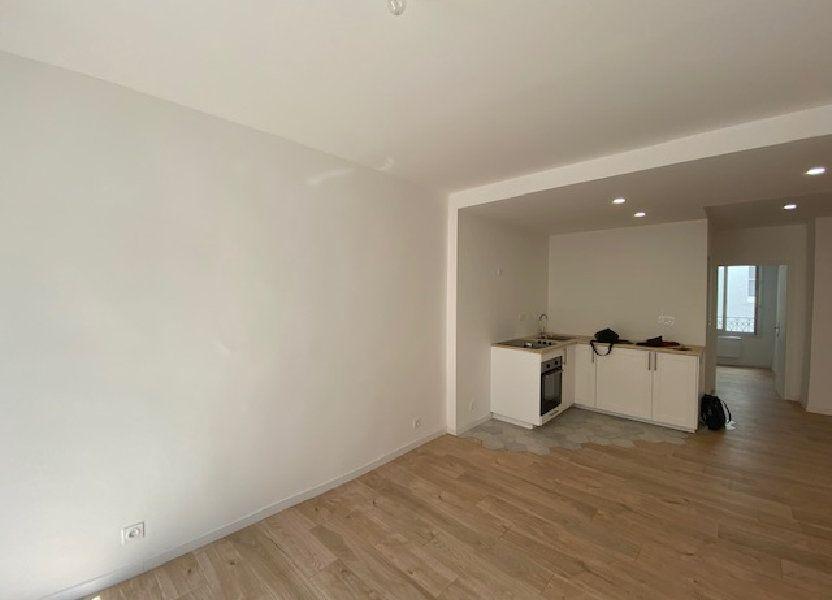 Appartement à louer 51.85m2 à Ollioules