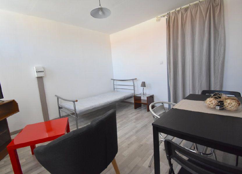 Appartement à louer 22.5m2 à Calais