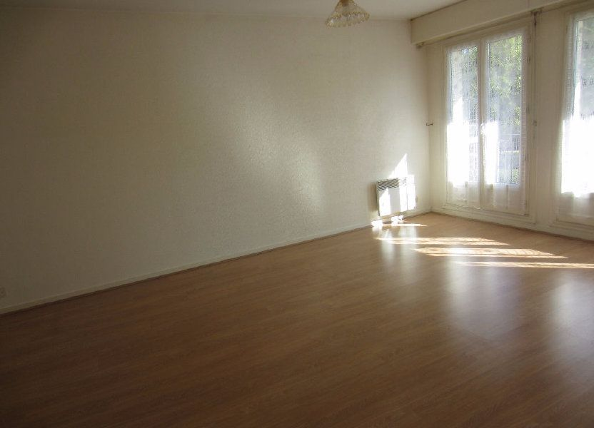 Appartement à louer 48m2 à Romorantin-Lanthenay