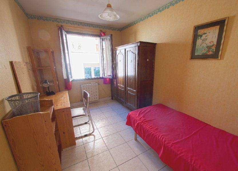 Appartement à louer 59.34m2 à Marseille 8