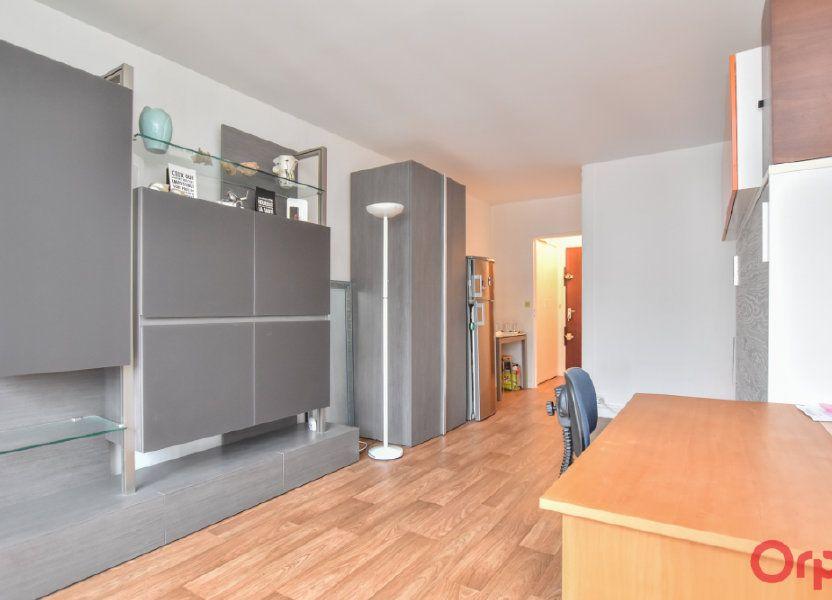 Appartement à louer 24.31m2 à Paris 15