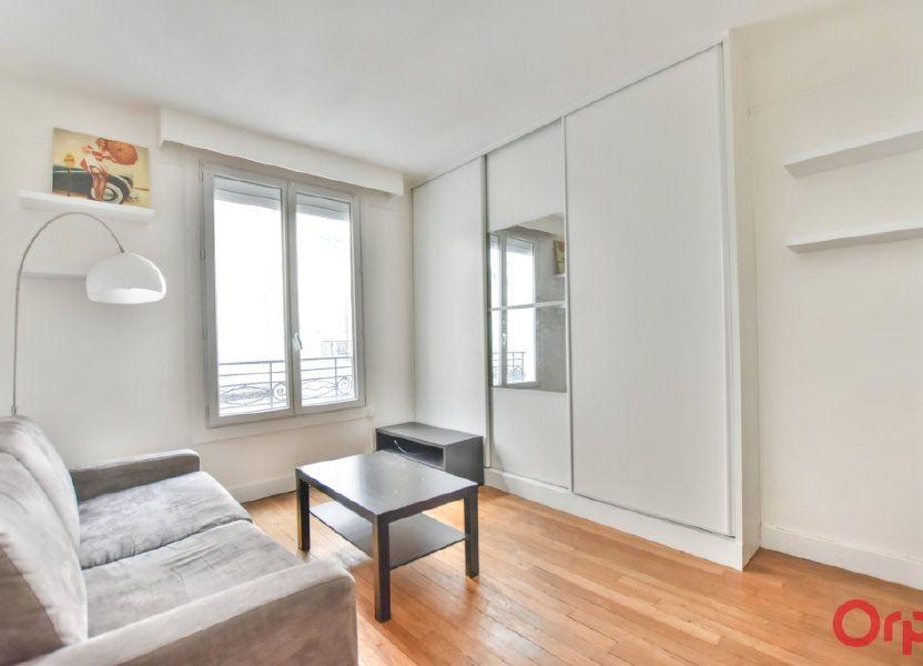 Appartement à louer 24m2 à Paris 17