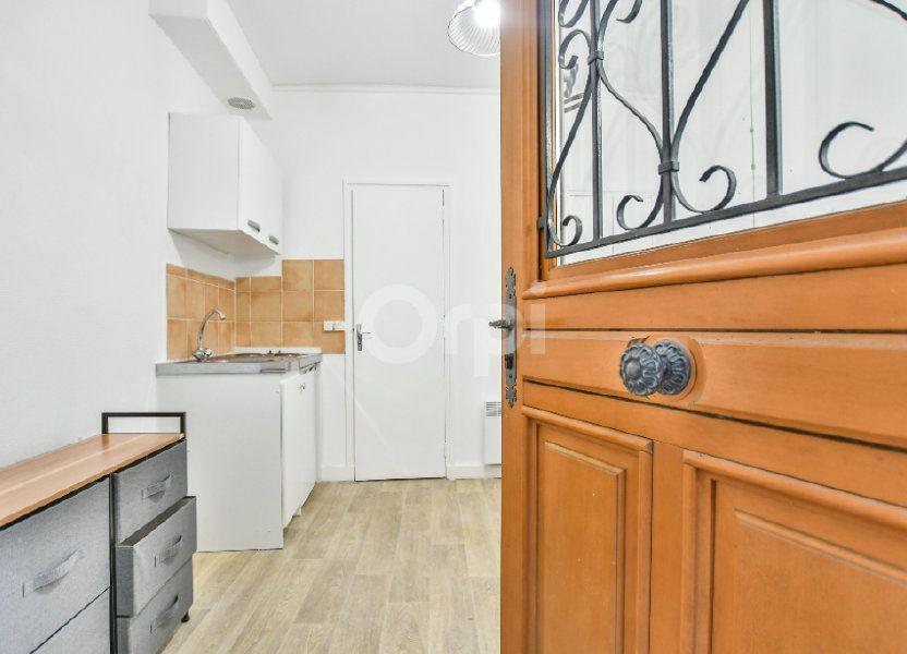 Appartement à louer 12m2 à Paris 15