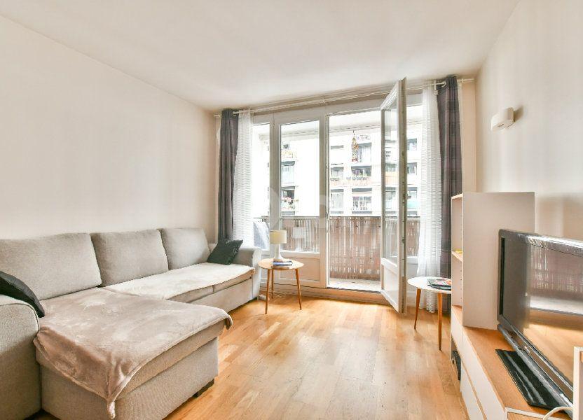Appartement à louer 52m2 à Paris 15