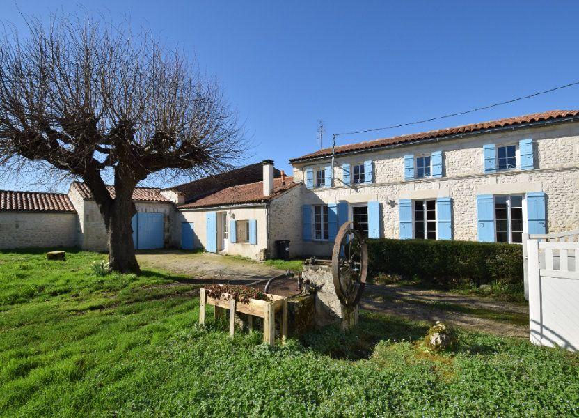 Maison à vendre 128m2 à Pont-l'Abbé-d'Arnoult