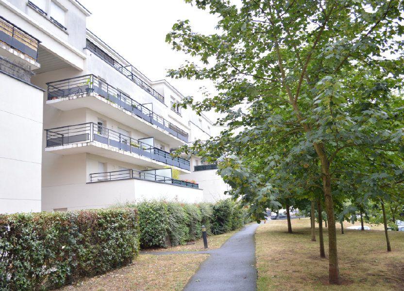 Appartement à louer 66.3m2 à Tours