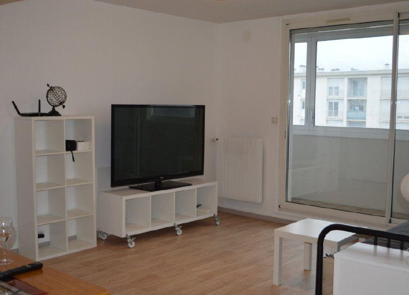 Appartement à louer 55.78m2 à Saint-Pierre-des-Corps