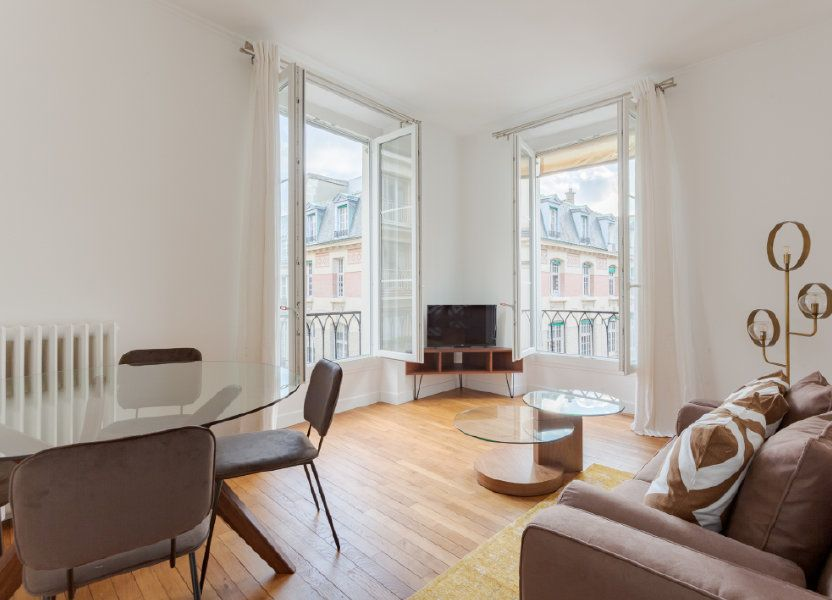 Appartement à louer 54m2 à Paris 7
