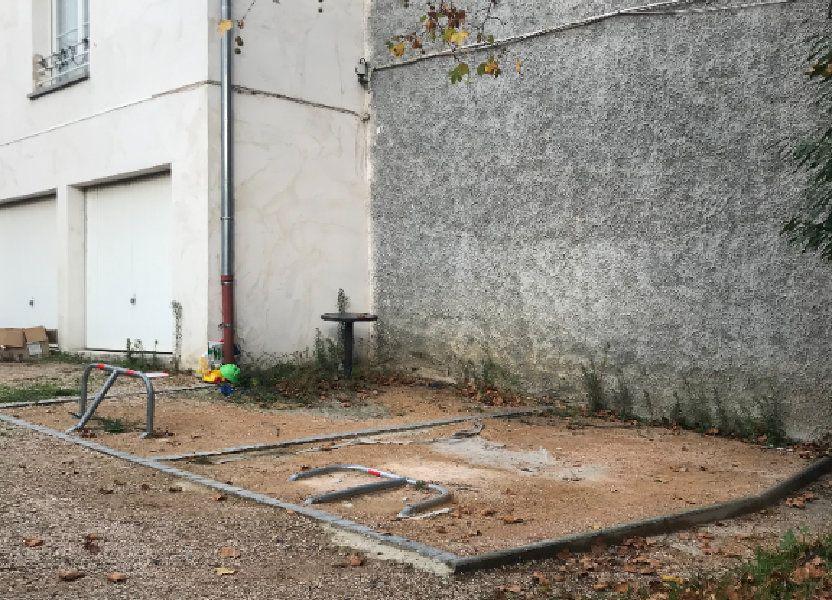 Stationnement à louer 11.94m2 à Rillieux-la-Pape