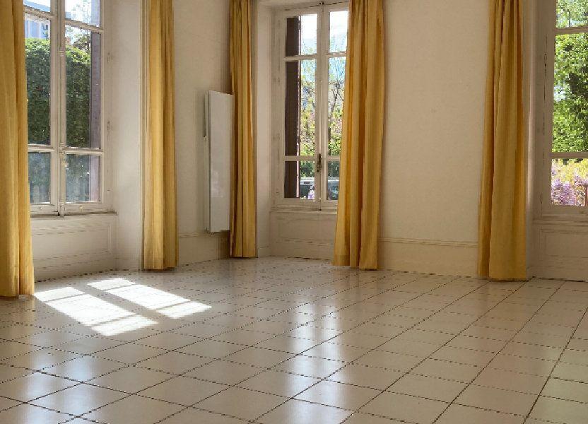 Appartement à louer 81.92m2 à Lyon 4