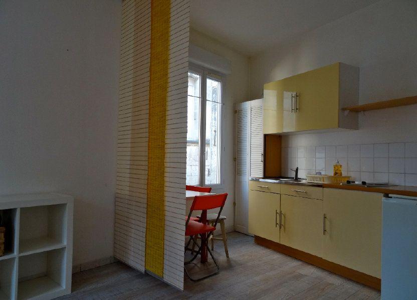 Immeuble à vendre 81m2 à Rochefort