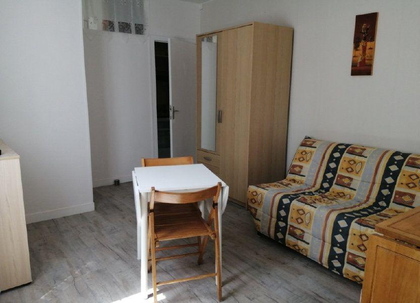 Appartement à louer 18m2 à Rochefort