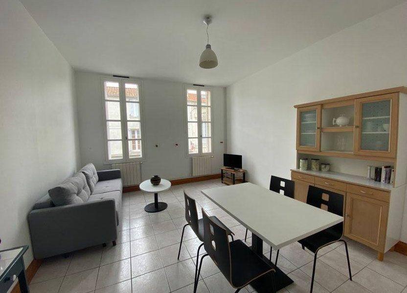Appartement à louer 40m2 à Rochefort