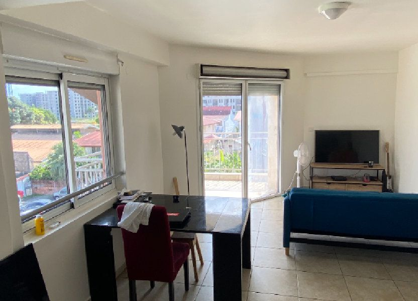 Appartement à louer 58.2m2 à Cayenne