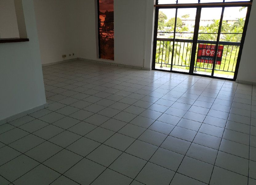 Appartement à louer 87.1m2 à Cayenne