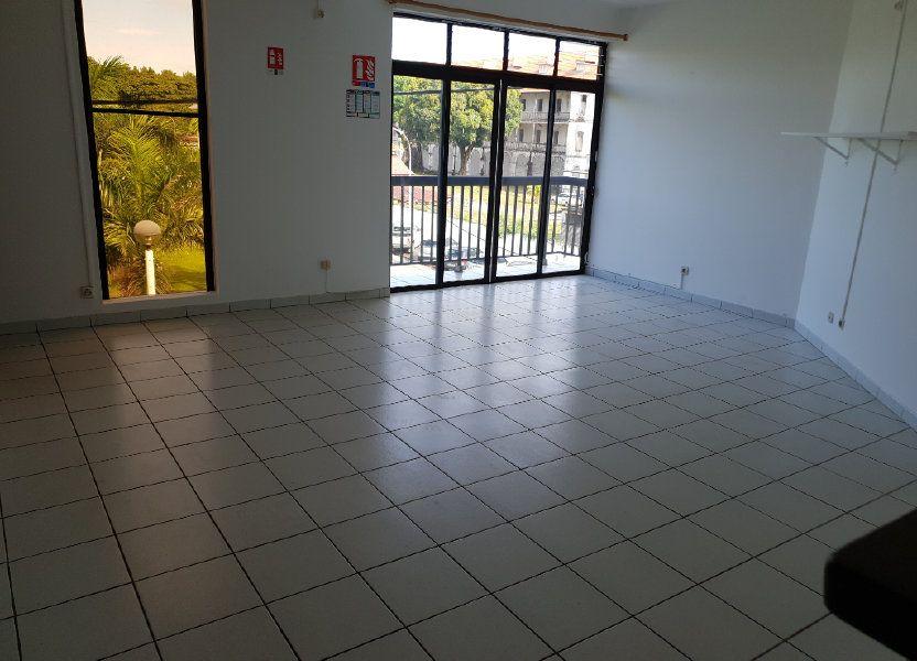 Appartement à louer 73.05m2 à Macouria