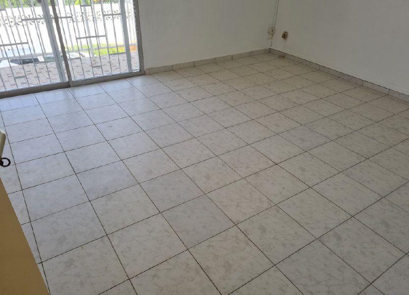 Appartement à louer 81m2 à Cayenne