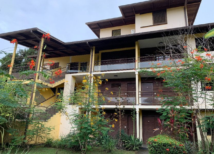 Appartement à vendre 60.75m2 à Remire-Montjoly