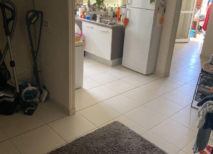 Appartement à louer 81.73m2 à Remire-Montjoly