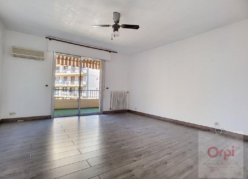 Appartement à louer 74m2 à Ajaccio