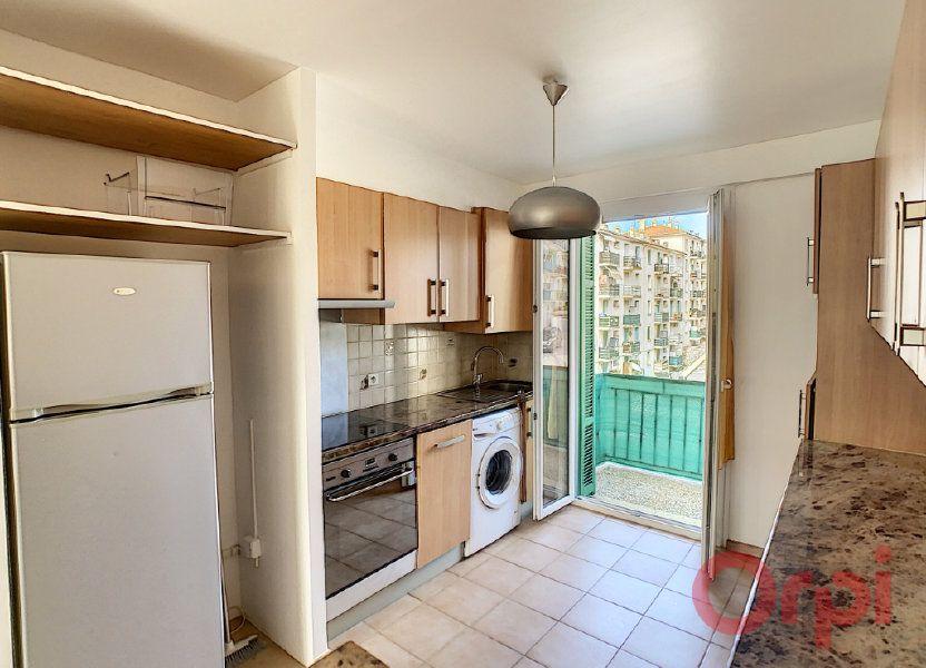 Appartement à louer 55.93m2 à Ajaccio