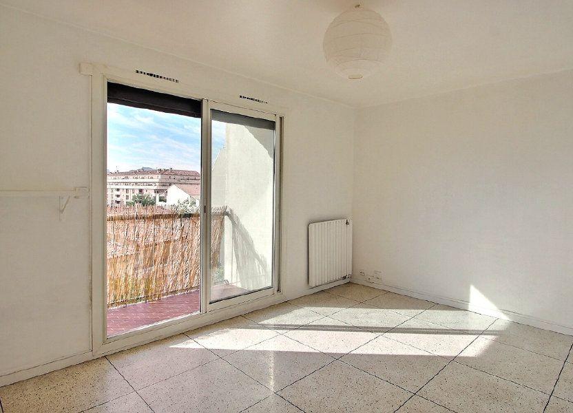 Appartement à louer 30m2 à Marseille 10