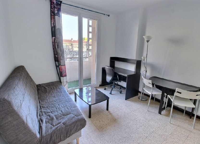 Appartement à louer 22m2 à Marseille 5