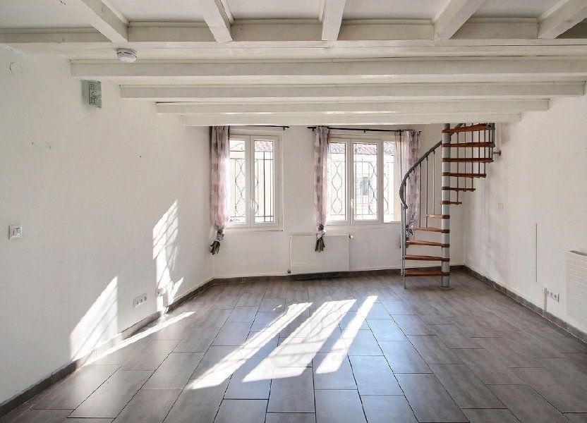 Appartement à louer 74m2 à Marseille 10