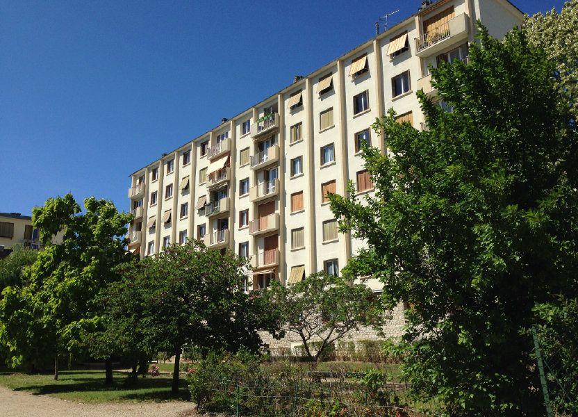 Appartement à louer 74.25m2 à Fontainebleau