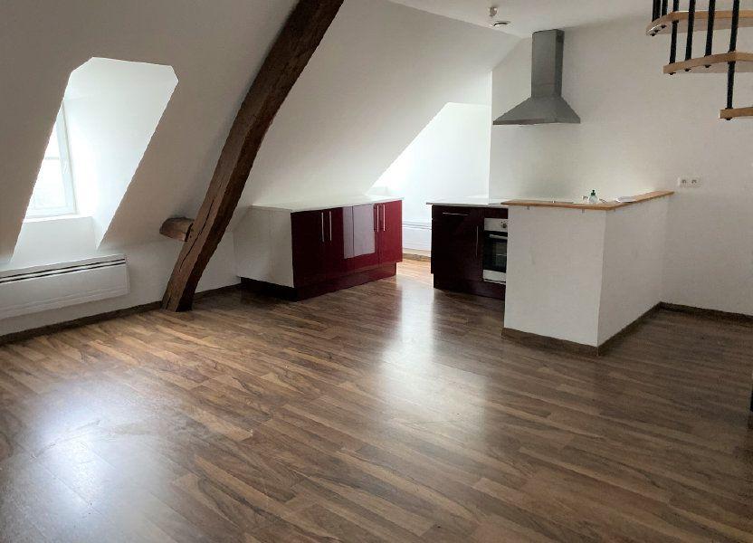Appartement à louer 55m2 à Saint-Quentin