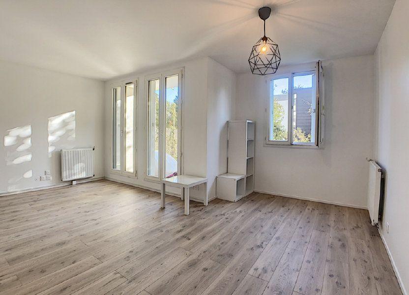Appartement à louer 48.8m2 à Palaiseau