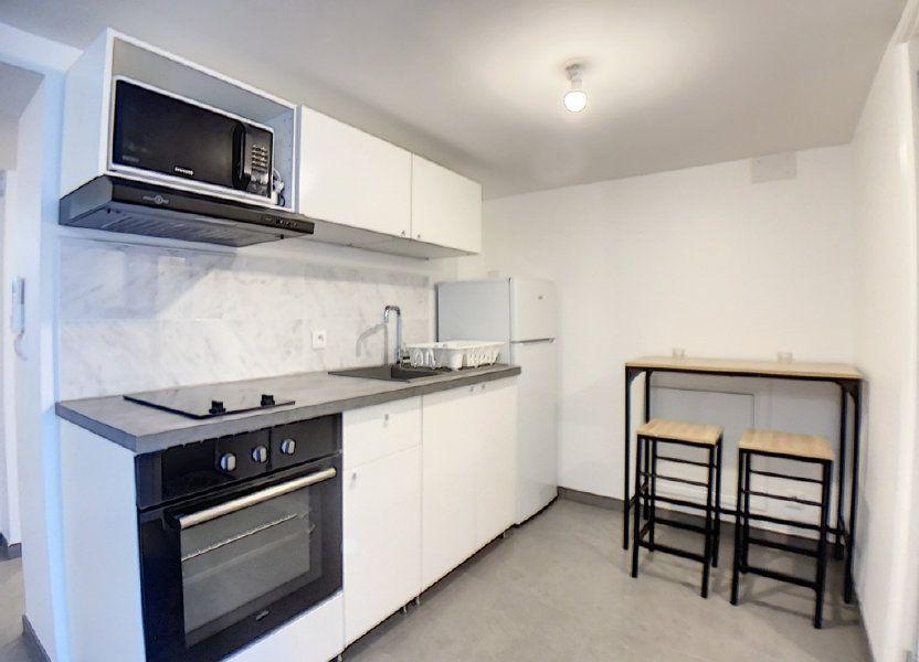 Appartement à louer 33m2 à Saint-Rémy-lès-Chevreuse