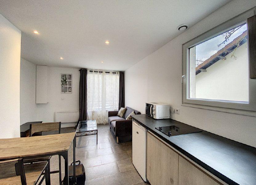 Appartement à louer 22.6m2 à Orsay