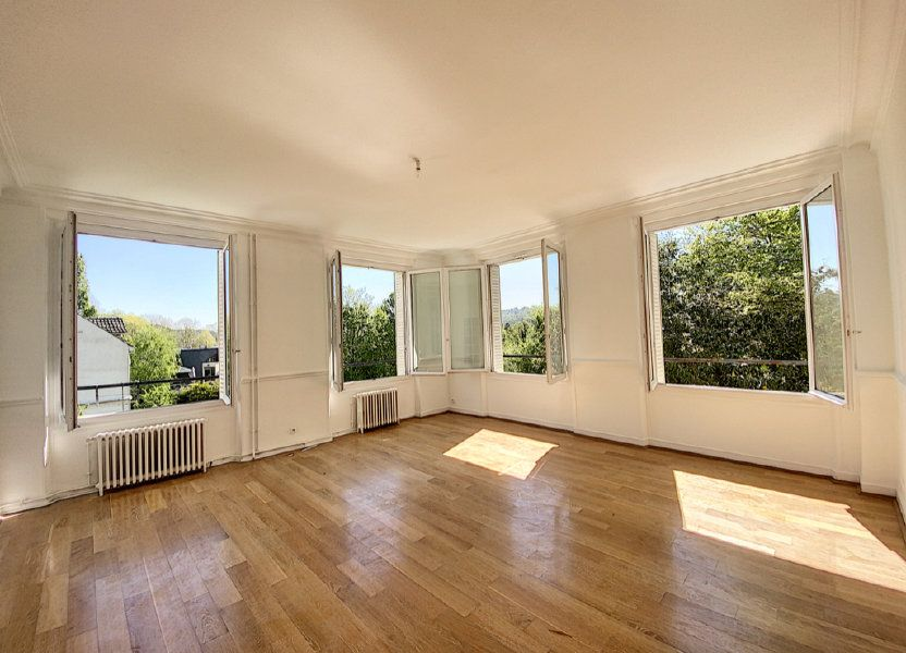 Appartement à louer 87.15m2 à Orsay