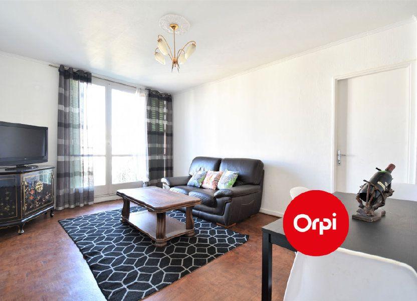 Appartement à louer 70m2 à Saint-Priest