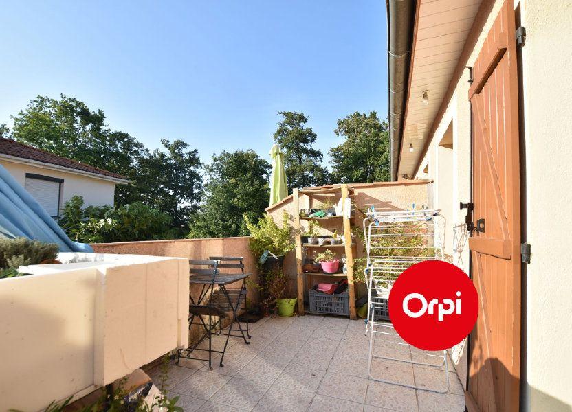 Appartement à louer 54m2 à Saint-Bonnet-de-Mure