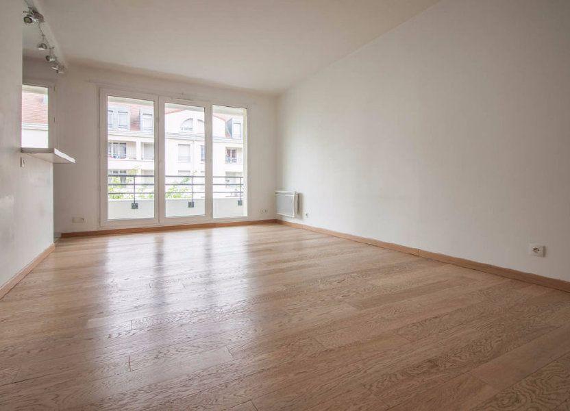 Appartement à louer 44.8m2 à Osny