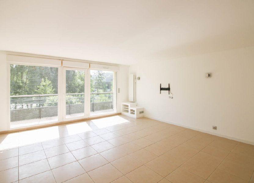 Appartement à louer 72.28m2 à Osny