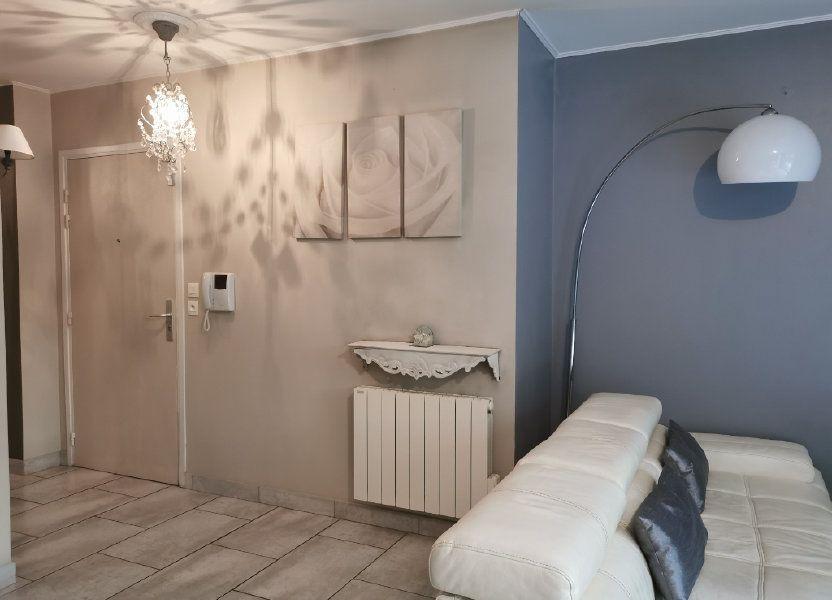 Appartement à louer 65.02m2 à Vaulx-en-Velin