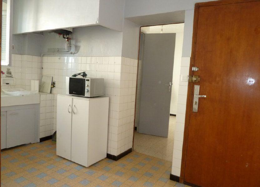 Appartement à louer 29.31m2 à Hyères