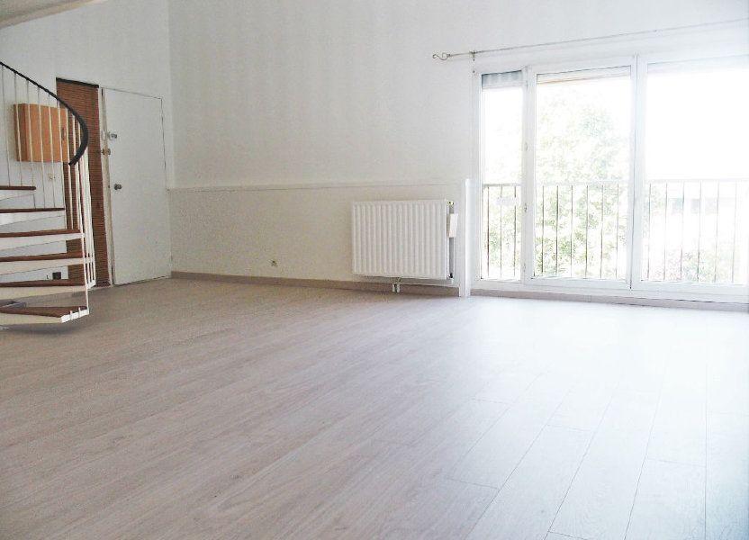 Appartement à louer 50m2 à Les Ulis