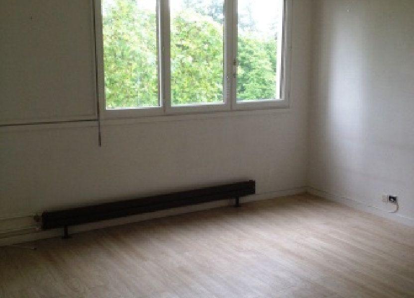 Appartement à louer 30m2 à Les Ulis