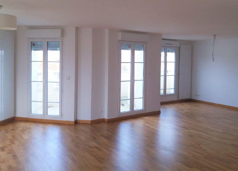 Appartement à louer 115.75m2 à Compiègne