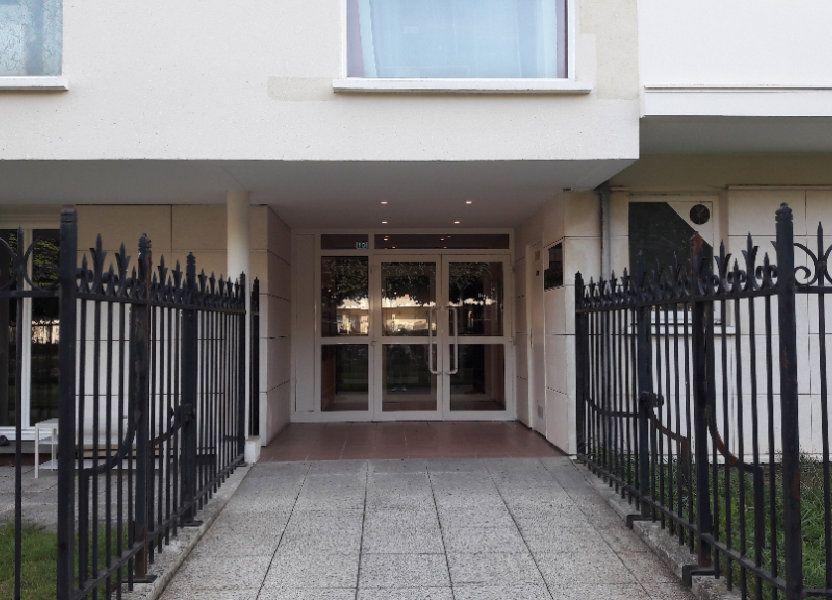 Appartement à louer 61.93m2 à Compiègne