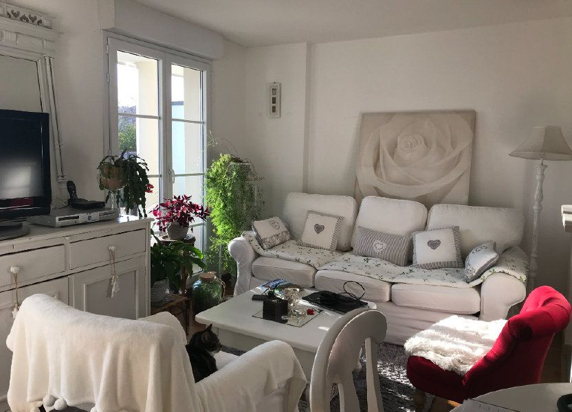 Appartement à louer 50.86m2 à Compiègne