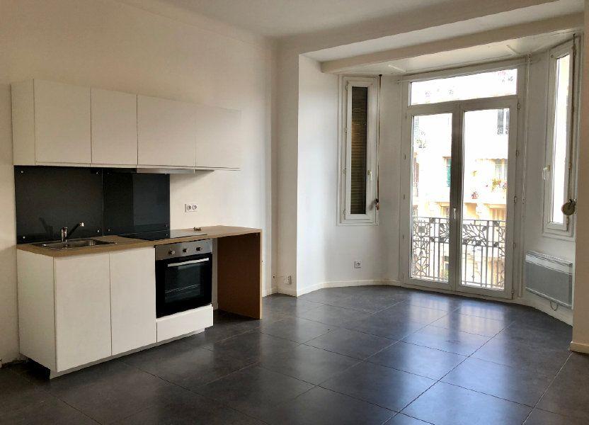 Appartement à louer 52.05m2 à Nice