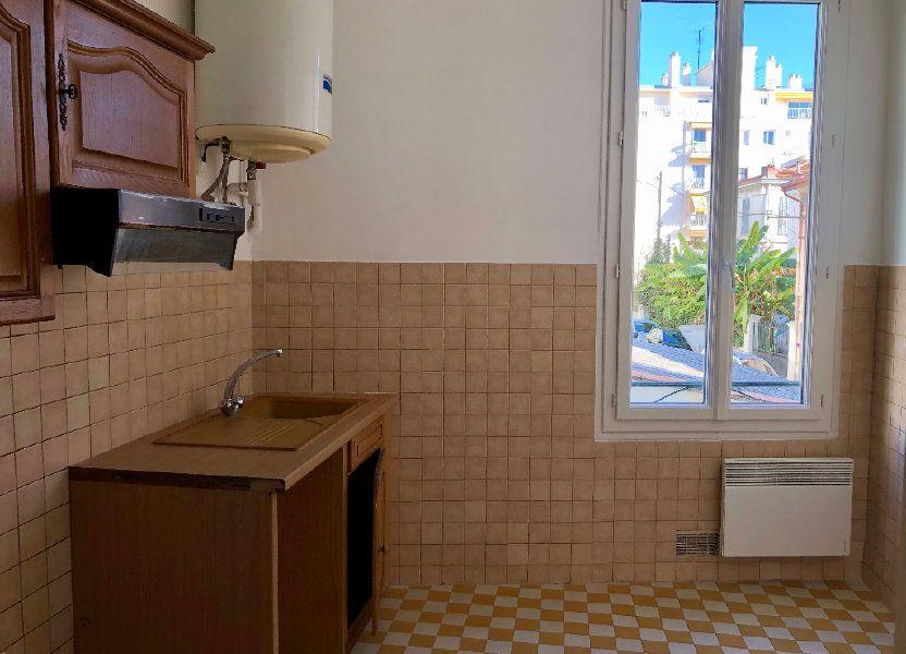 Appartement à louer 37.94m2 à Nice