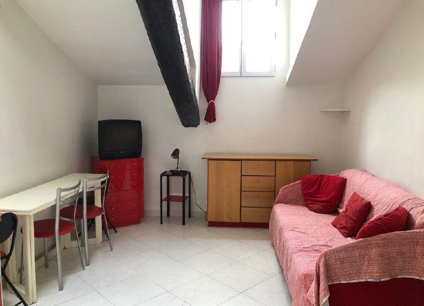 Appartement à louer 25.7m2 à Nice