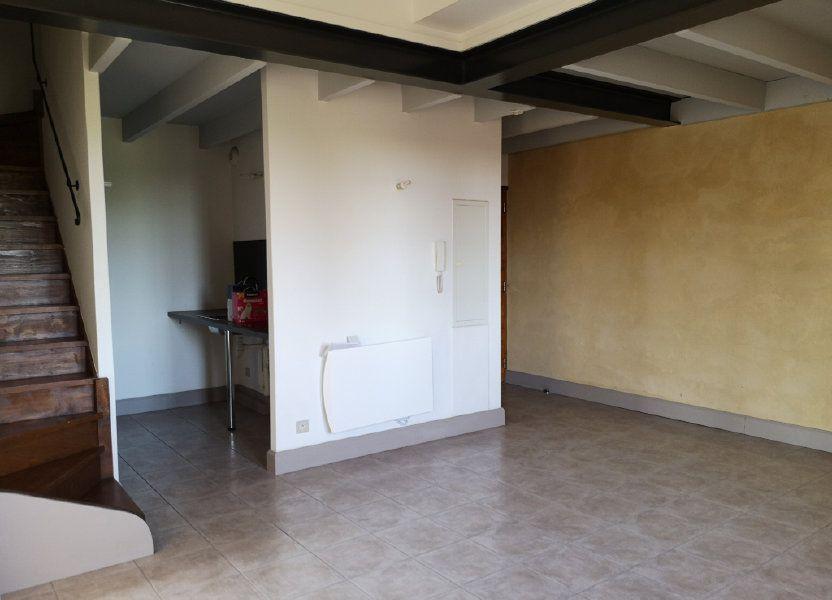 Appartement à louer 59m2 à Remoulins
